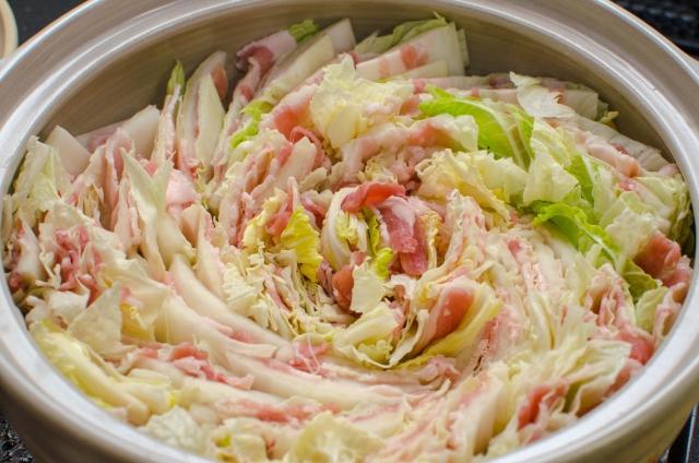 豚バラ肉ミルフィーユ鍋