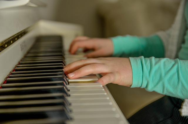 芸術性のピアノも人気!